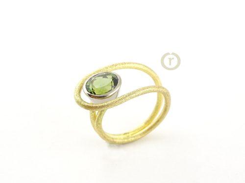 Ring 00583