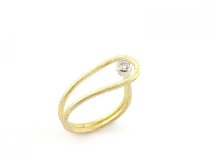 Ring 1572