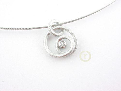 Necklaces 1040.14