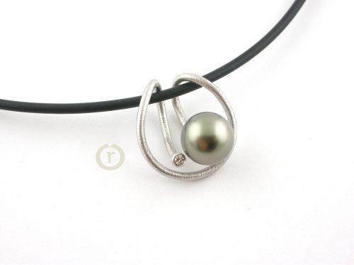 Necklaces 1952.15