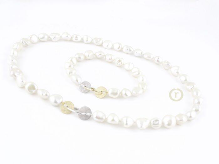 Necklaces 2144.17